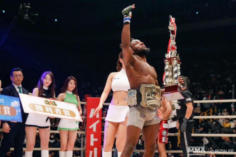 Angolano sagra-se campeão mundial em peso galo