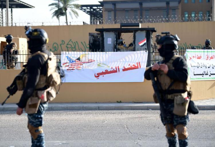 Embaixada dos EUA encerrada após ataque no Iraque