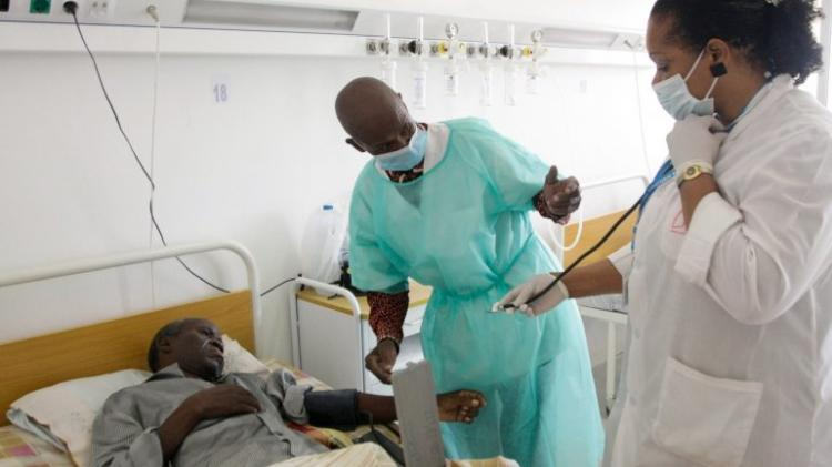 Gestores hospitalares exonerados por