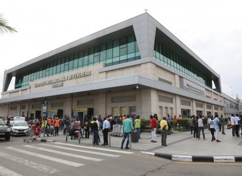 COVID 19: Rastreio selectivo cria tumulto no aeroporto 4 de Fevereiro