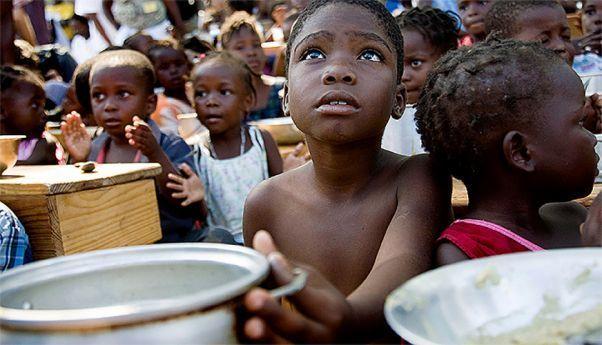 Fome mata mais de oito mil crianças por dia