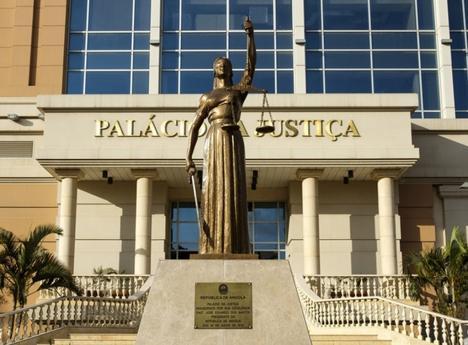 Ministério da Justiça suspende serviços por 15 dias