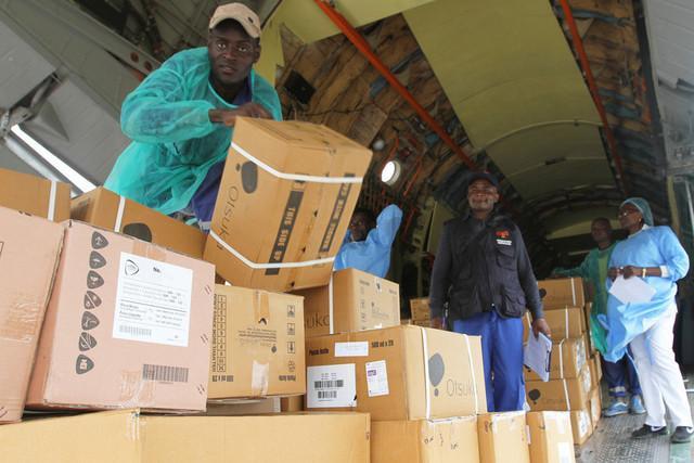 Angola recebe equipamentos da China