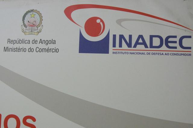 INADEC multa comerciantes por especulação de preços
