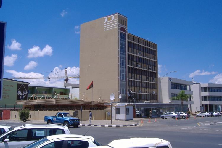 Namíbia acusa vice-cônsul de violar confinamento
