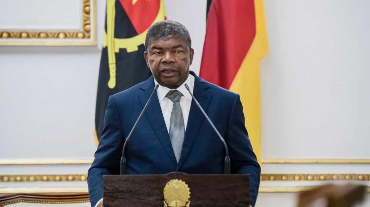 Presidente da República remodela Governo