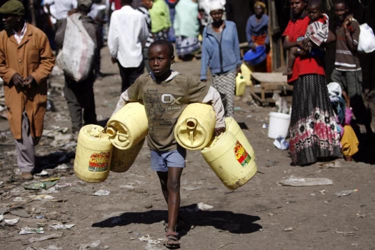 Mais de um terço dos angolanos privados de comida e água em 2019