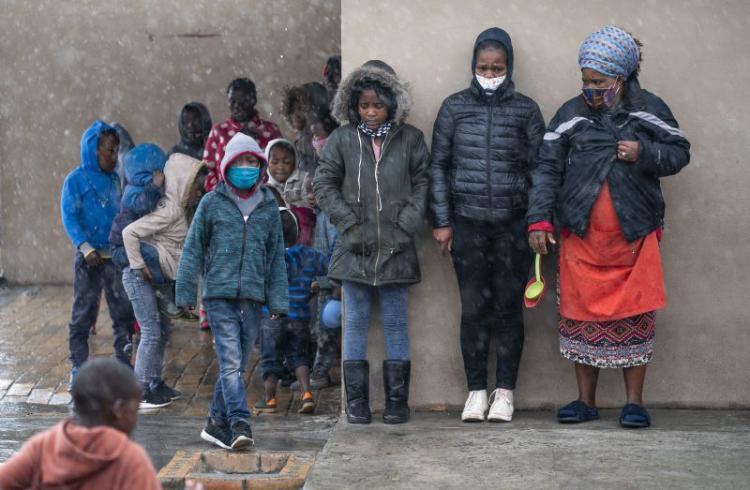 Mais 86 milhões crianças podem ser levadas à pobreza