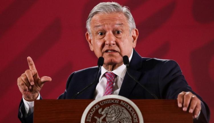 Mexicanos protestam nas ruas contra presidente