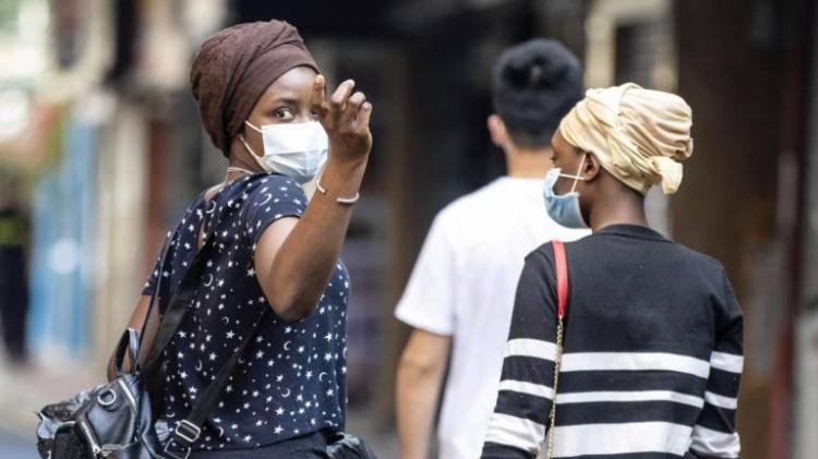 Número de mortes em África sobe para mais de 6 mil