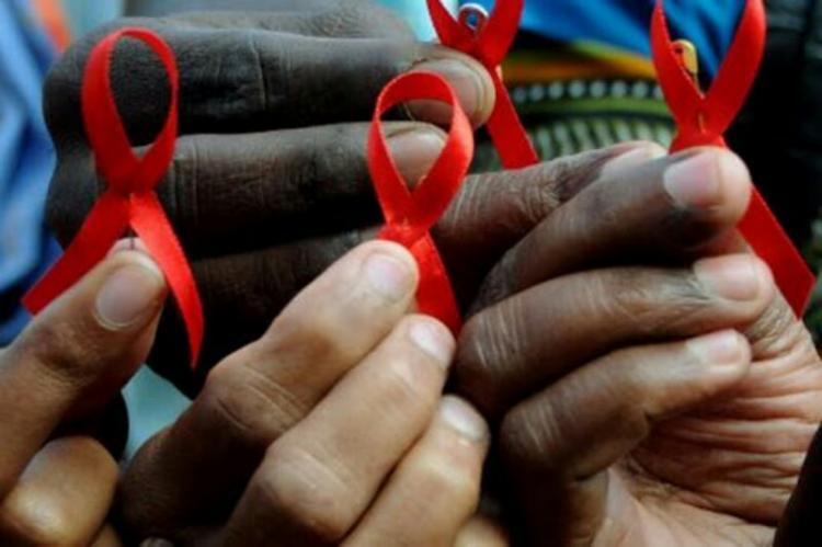 OMS alerta que faltam medicamentos para HIV