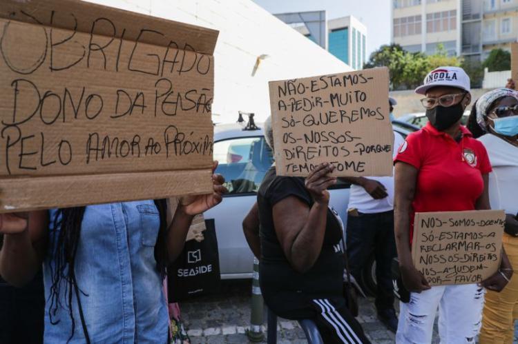 Doentes angolanos em Portugal queixam-se de passar fome