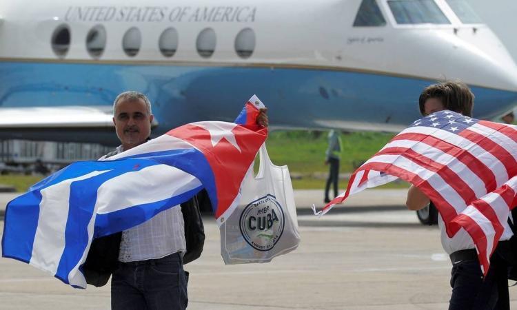EUA proíbem voos privados para Cuba