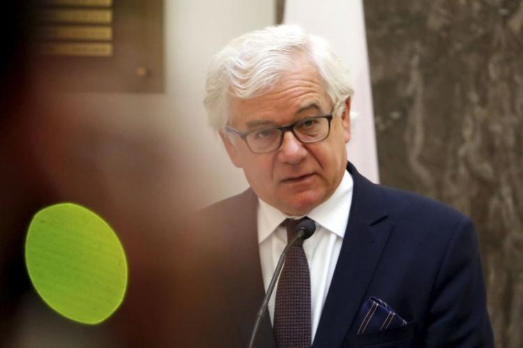 Ministro dos Negócios Estrangeiros demitiu-se