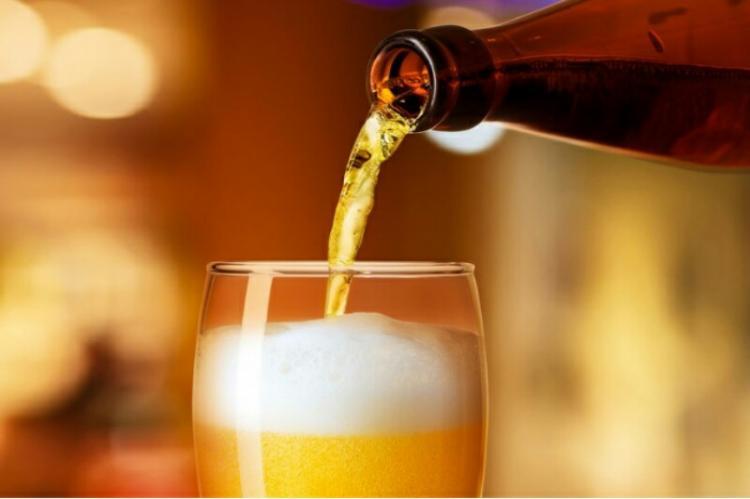 Governo prepara multas sobre bebidas alcoólicas