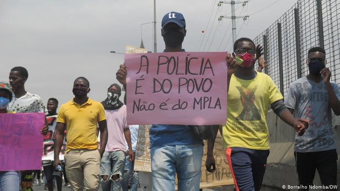 Tribunal de Luanda ouve mais de 100 detidos