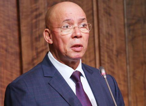 Ministro da Justiça testa positivo ao novo coronavírus