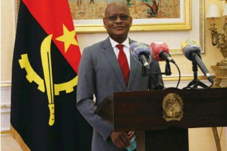 Presidente da CEEAC inicia visita a Angola