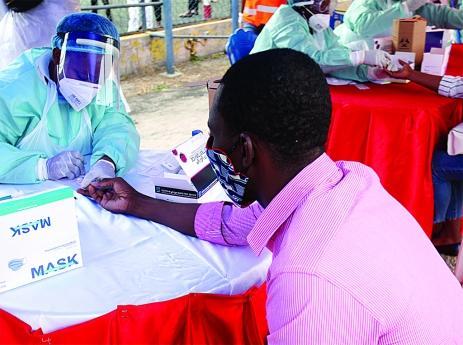Testes da covid-19 vão custar entre 6 a 75 mil kwanzas