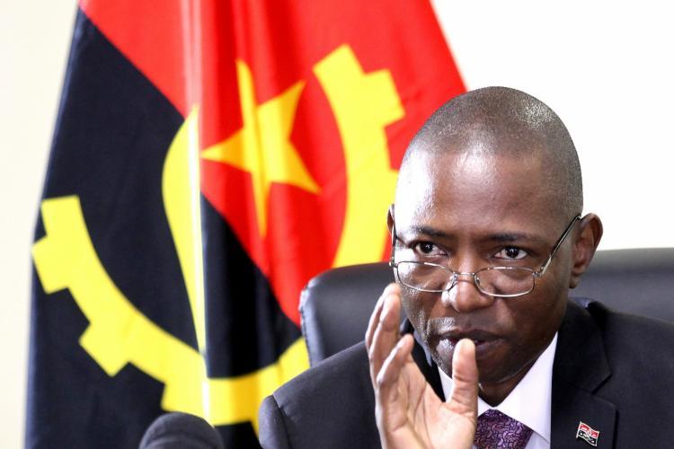 Angola prepara condições logísticas para receber vacinas