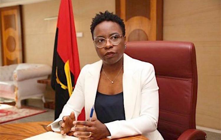 Angola prevê reduzir 'stock' da dívida para menos de 100%
