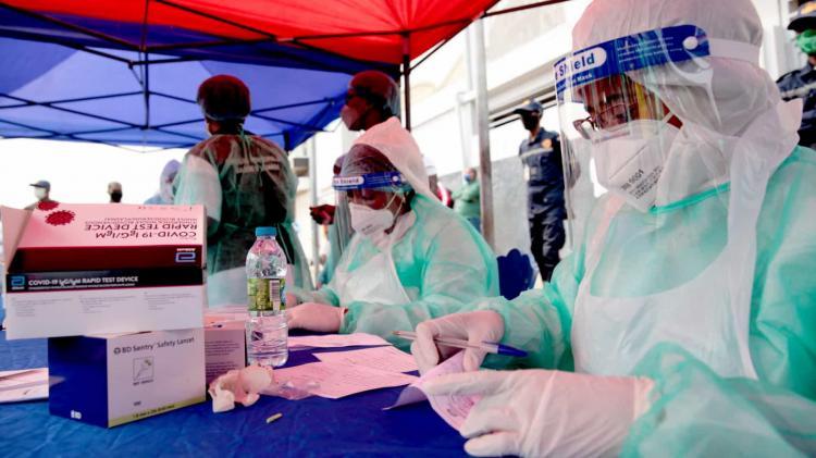 Angola registou três mortes e 77 novos casos