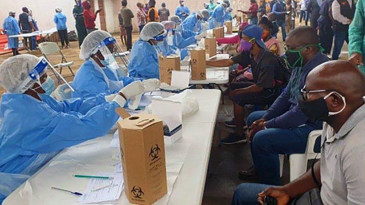 Angola reporta quatro mortes e 56 novas infecções