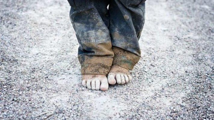 Pobreza infantil vai manter-se elevada durante cinco anos