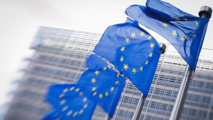 União Europeia doa 290 mil euros