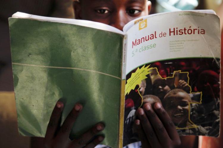 Angola inicia ano com alívio de medidas e recorde de recuperações