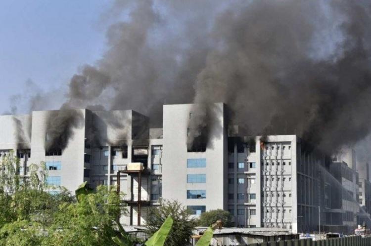 Incêndio na fábrica de produção de vacinas
