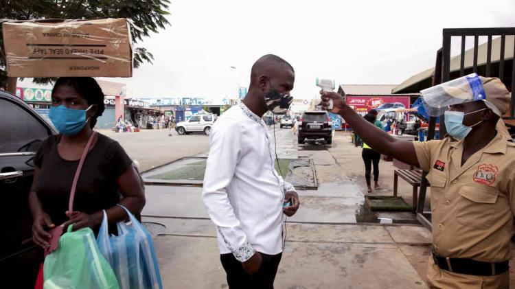 Angola com mais duas mortes e 71 casos