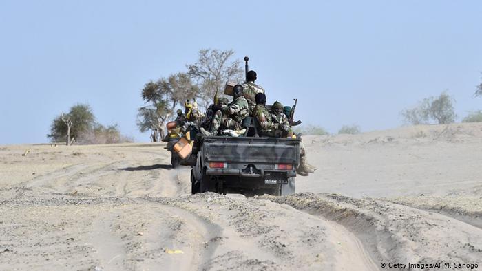 Boko Haram força mais de duas mil pessoas a deixar zonas de origem
