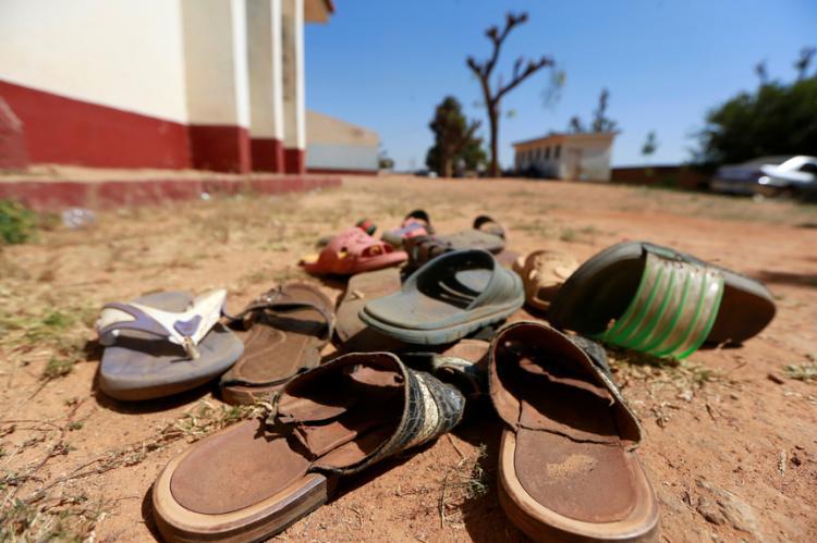 Mais de 300 raparigas de uma escola foram raptadas