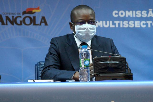 Prestação de serviço pode ser recusada a quem não usar máscara