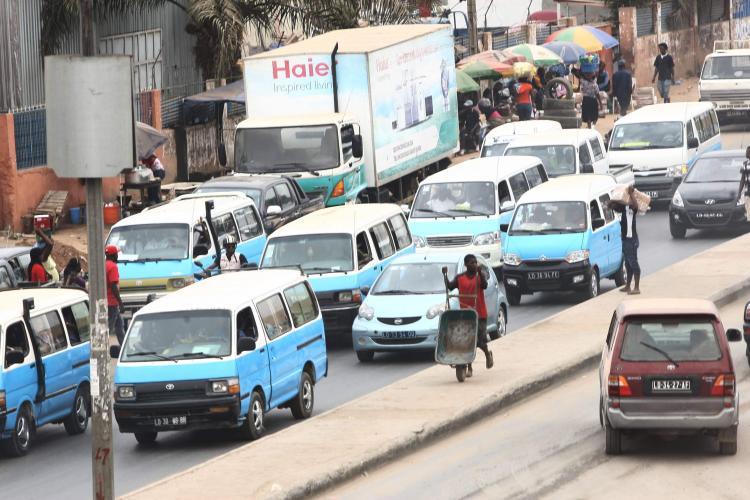Taxistas prometem paralisar serviços em Março