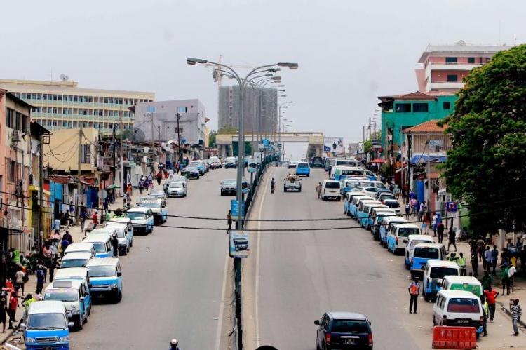 Taxistas suspendem greve prevista para Março