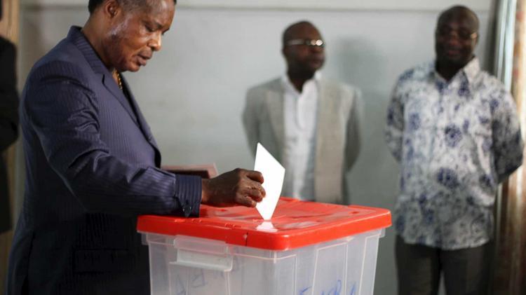 Primeiros resultados apontam para vitória de Sassou Nguesso