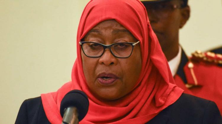 Samia Suluhu empossada presidente da Tanzânia