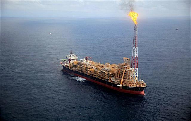 Vai investir sete bilhões de dólares em Angola