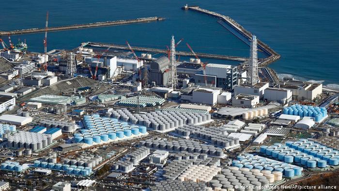 AIEA Analisa despejo de agua contaminada de Fukushima