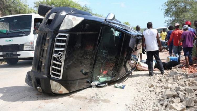 Mãe e cinco filhos morrem em acidente de viação
