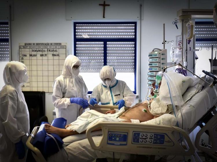COVID-19 já infectou mais de 202,8 milhões de pessoas