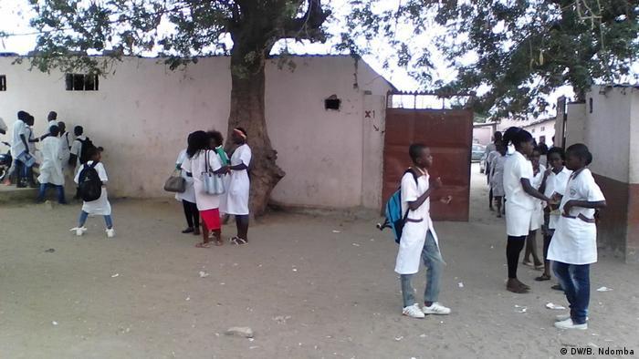 UNITA critica partidarização do ensino