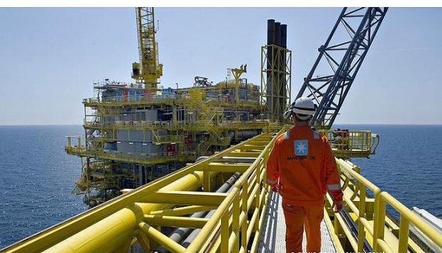 Exportação de petróleo revista em alta