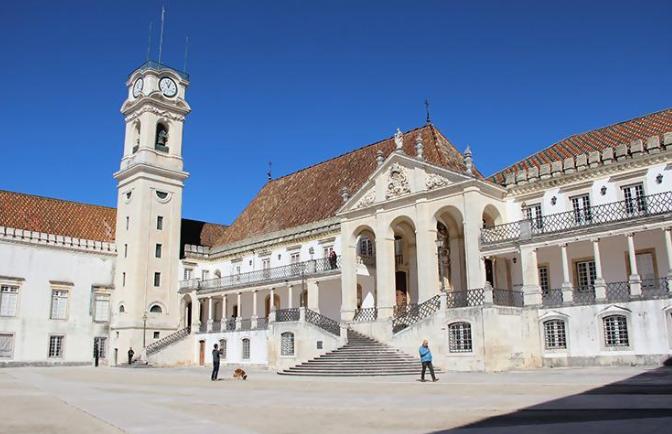 Universidade de Coimbra assina em Cabo Verde